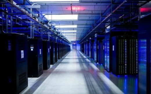 针对数据中心的软件定义功率