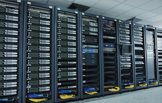存储和服务器的具体的区别及联系